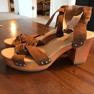 LUCKY BRAND Clog Sandals NWOT Size 9.5!